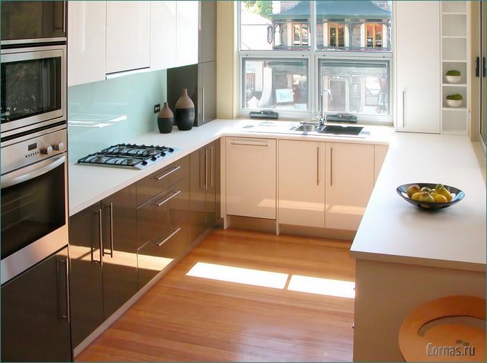 Дизайн кухни 3 на 5 метра с окном