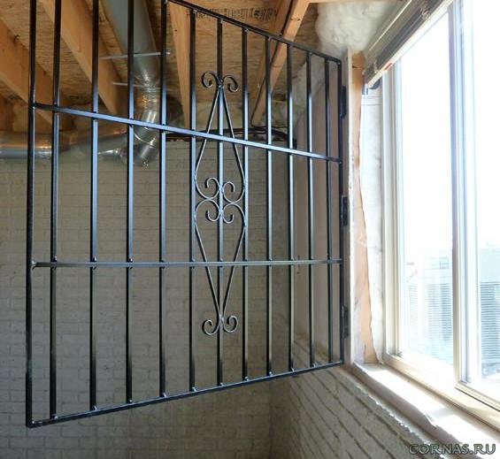 открывающиеся решетки на окна фото