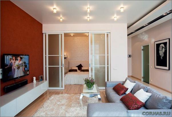 Дизайн однокомнатной квартиры с альковом
