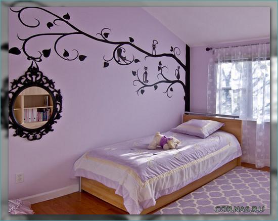 Как украсить стену своими руками над кроватью