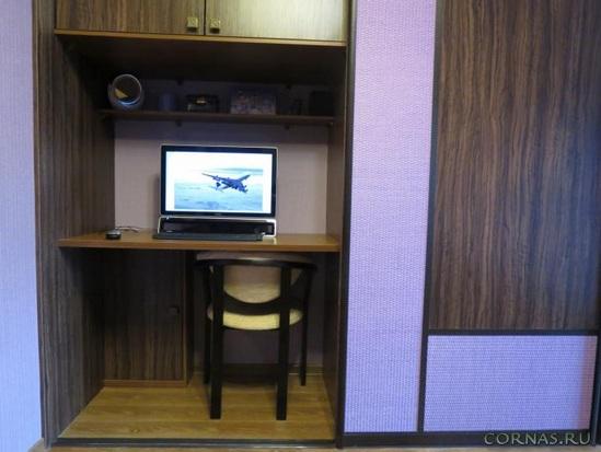 Шкаф-купе в гостиной. обсуждение на liveinternet - российски.