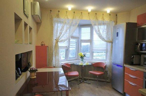 Кухня с эркером фото