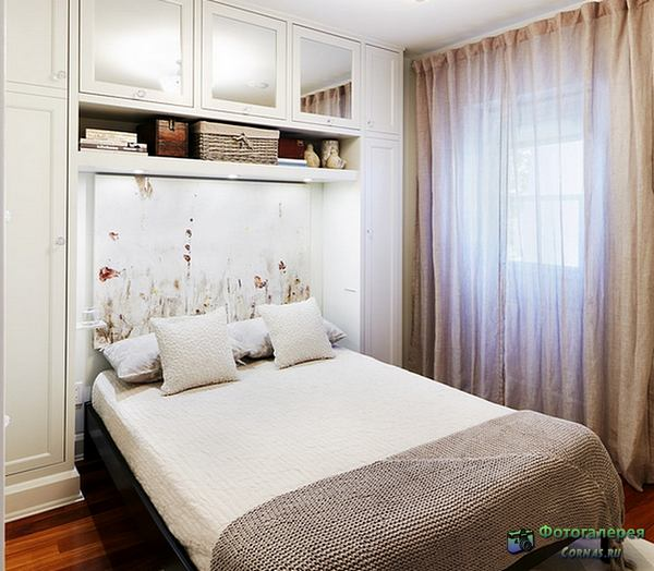 Дизайн спальни маленького размера.