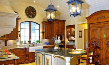 Дизайн кухни в загородном доме фото