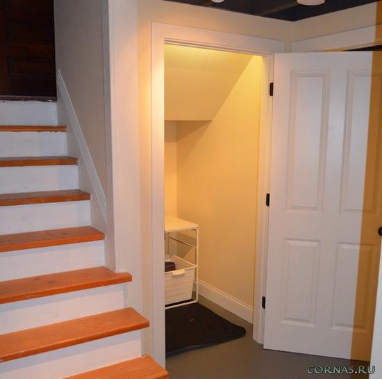 Пространство под лестницей - оригинальные идеи использования