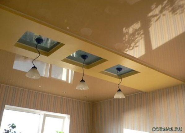 Быстро и красиво: натяжные потолки на кухне. Фото дизайна