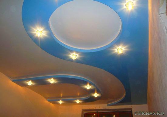 Освещение современных натяжных и подвесных потолков