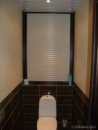 Рольставни в санузел и туалет - стоит ли?