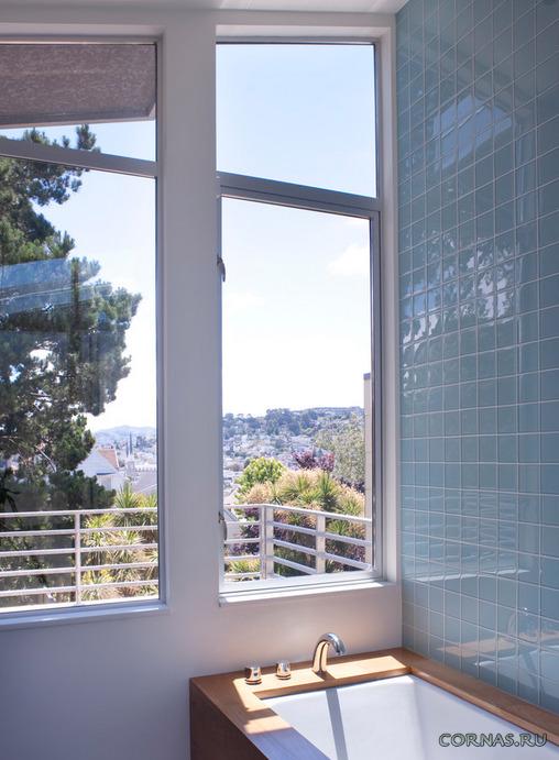 Стильная стеклянная плитка в интерьере