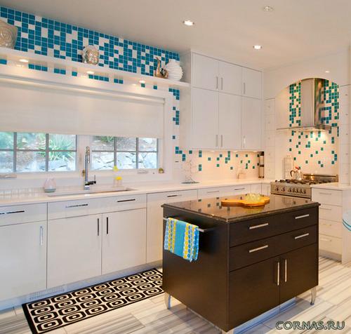 Как может использоваться мозаика на кухне? Фото