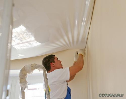 Как выровнять потолок: какой способ выбрать?