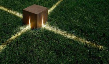Уличные фонари для загородного дома