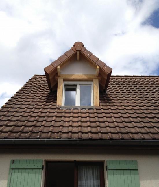 Слуховое окно или люкарна: что это такое?