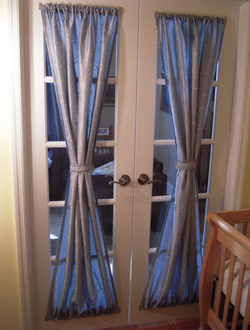 Шторы на двери: 40 фото