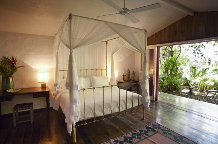 Уютная бразильская экзотика - отель Uxua Casa Hotel