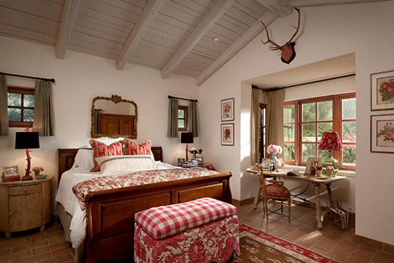 Спальня в стиле прованс - фото уютного интерьера