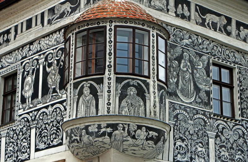 Сграффито - оригинальный способ декора стен. Фото