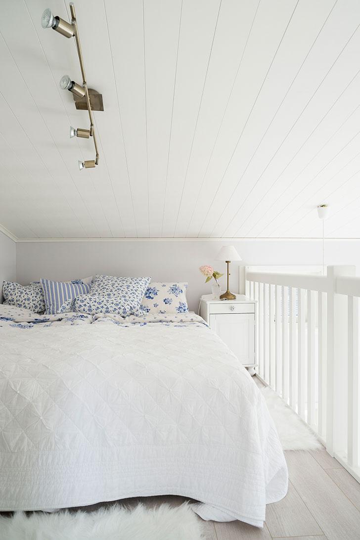 Мечта каждого романтика: маленький домик на берегу озера