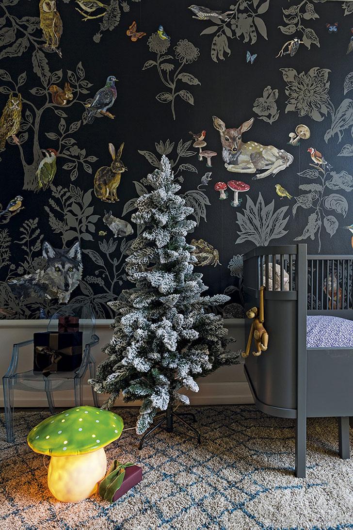 Современная квартира в Дании, одетая в новогодний наряд