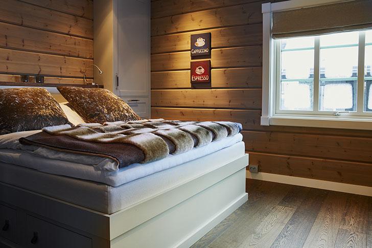 Райский отдых в уютном доме посреди заснеженных горных вершин