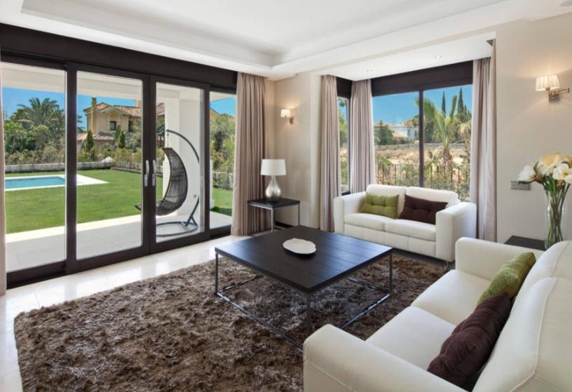 Дизайн гостиной с двумя диванами: Фото, Как поставить?