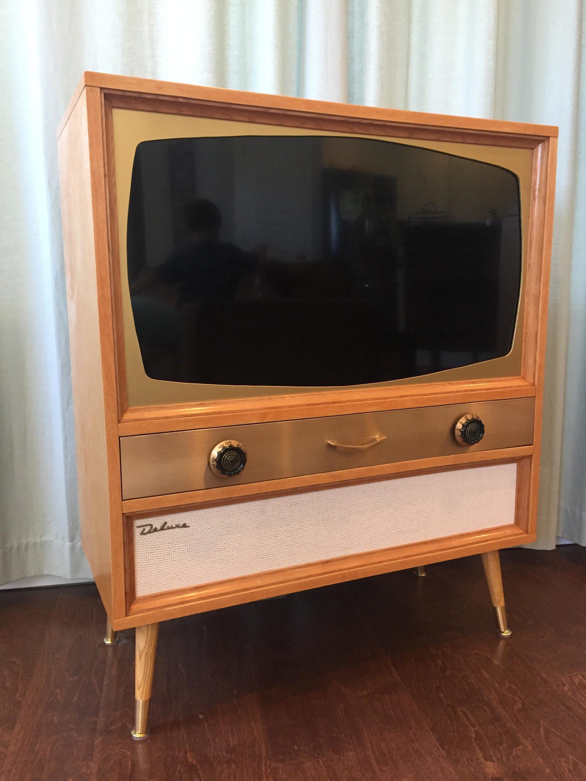 Что можно сделать из старого телевизора: Идеи, Фото